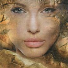 Анджелина Джоли на Марсе