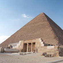 Кто и как строил пирамиду Хеопса?