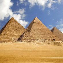 Фараоны присвоили Пирамиды?